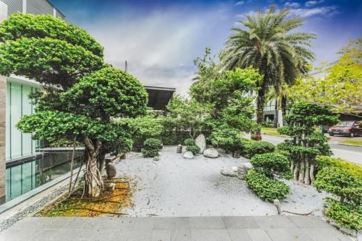 12-Treasure-Island-Bonsai-Garden-2622-e1416010451598