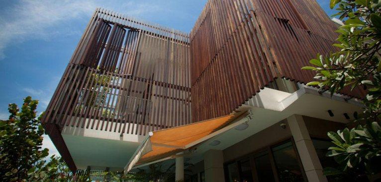 paradise-island-main-facade01